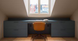 Platsbyggt skrivbord - Lerch snickeri & inredningar