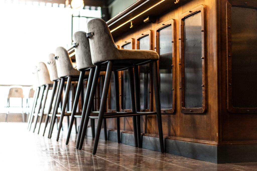 Barstolar Restaurang Gioia Lerch Träinredningar