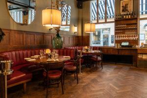 Soffor restaurang Gioia Lerch Träinredningar